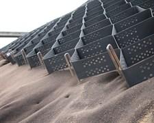 Анкер металлический строительный